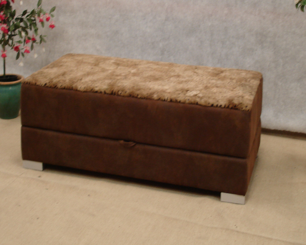 Valentino ottoman bed