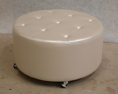 Button top round ottoman
